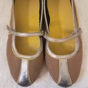 COLE HAAN Nike Air Mary Jane Ballet Flats 6B GUC